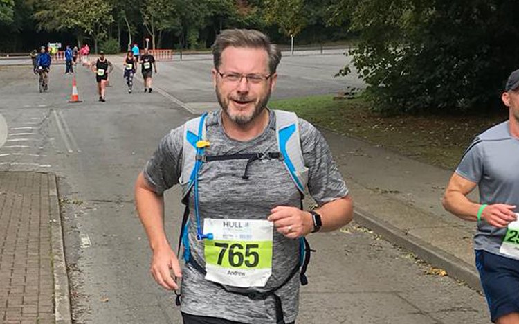 Our very own Andrew Robinson runs The Hull Marathon 2018